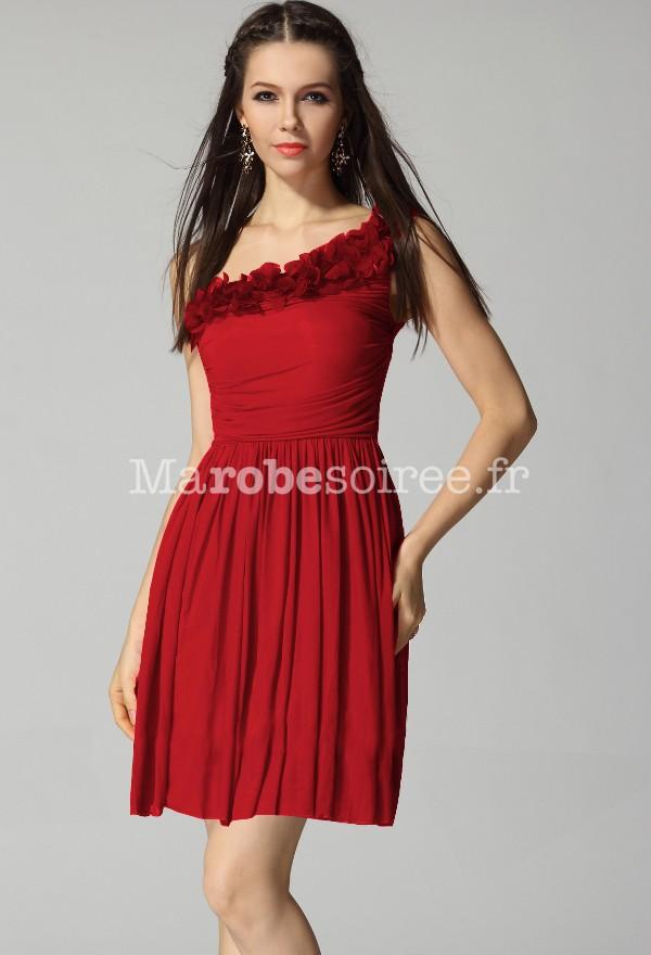 robe de soir e courte bretelle asym trique rouge bordeaux. Black Bedroom Furniture Sets. Home Design Ideas