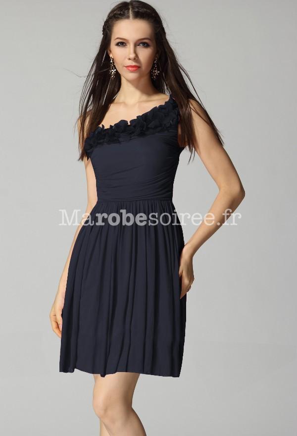 robe de soirée courte bretelle asymétrique rouge bordeaux