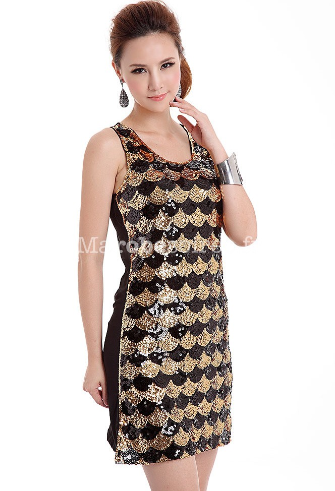 robe de cocktail courte sequins argent or pour f tes de fin d 39 ann e. Black Bedroom Furniture Sets. Home Design Ideas