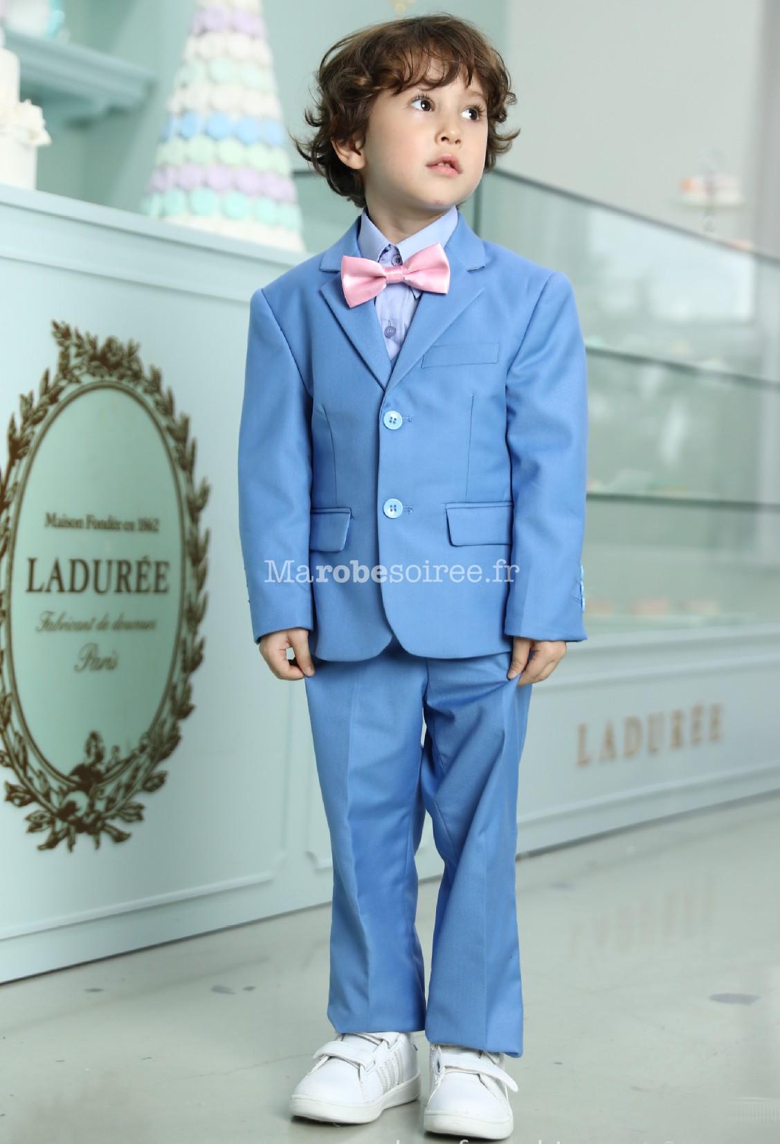 882628ddb8ea7 ... Costume garçon pour mariage en bleu pastel  Costume enfant bleu pastel  ...