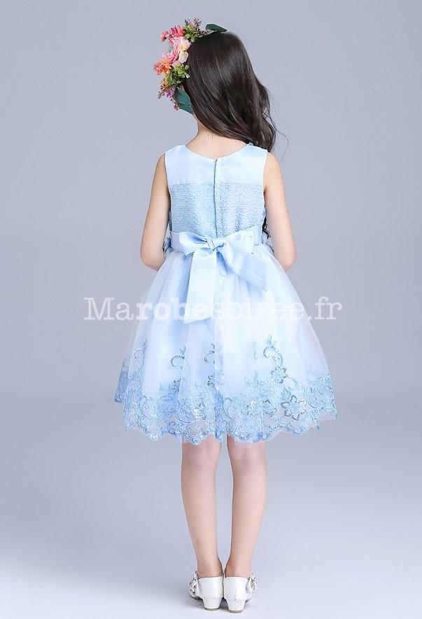 f23c496f626c5 Robe courte pour petit enfant  Robe enfant en bleu pastel avec broderie ...