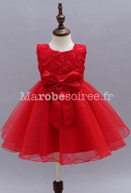 03028f1cde9c4 robe pour enfant avec roses et une jupe vaporeuse