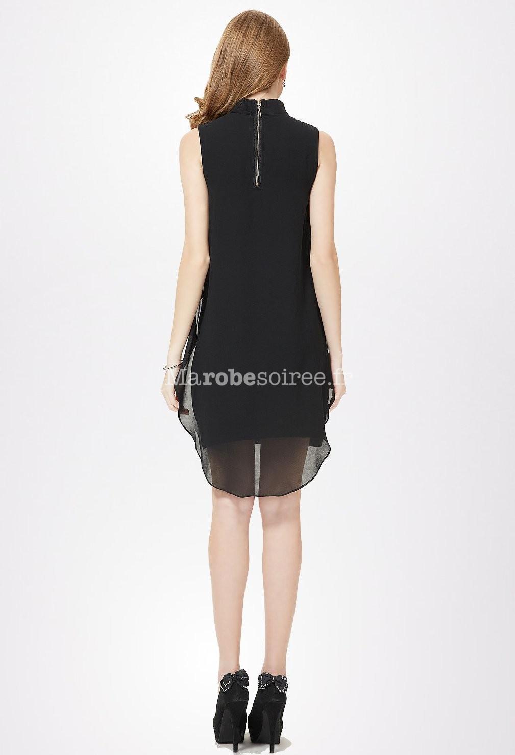 petite robe noire avec col en bijoux en mousseline. Black Bedroom Furniture Sets. Home Design Ideas