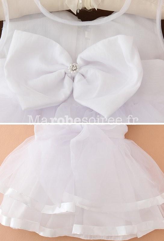 Robe blanche pour un bapteme