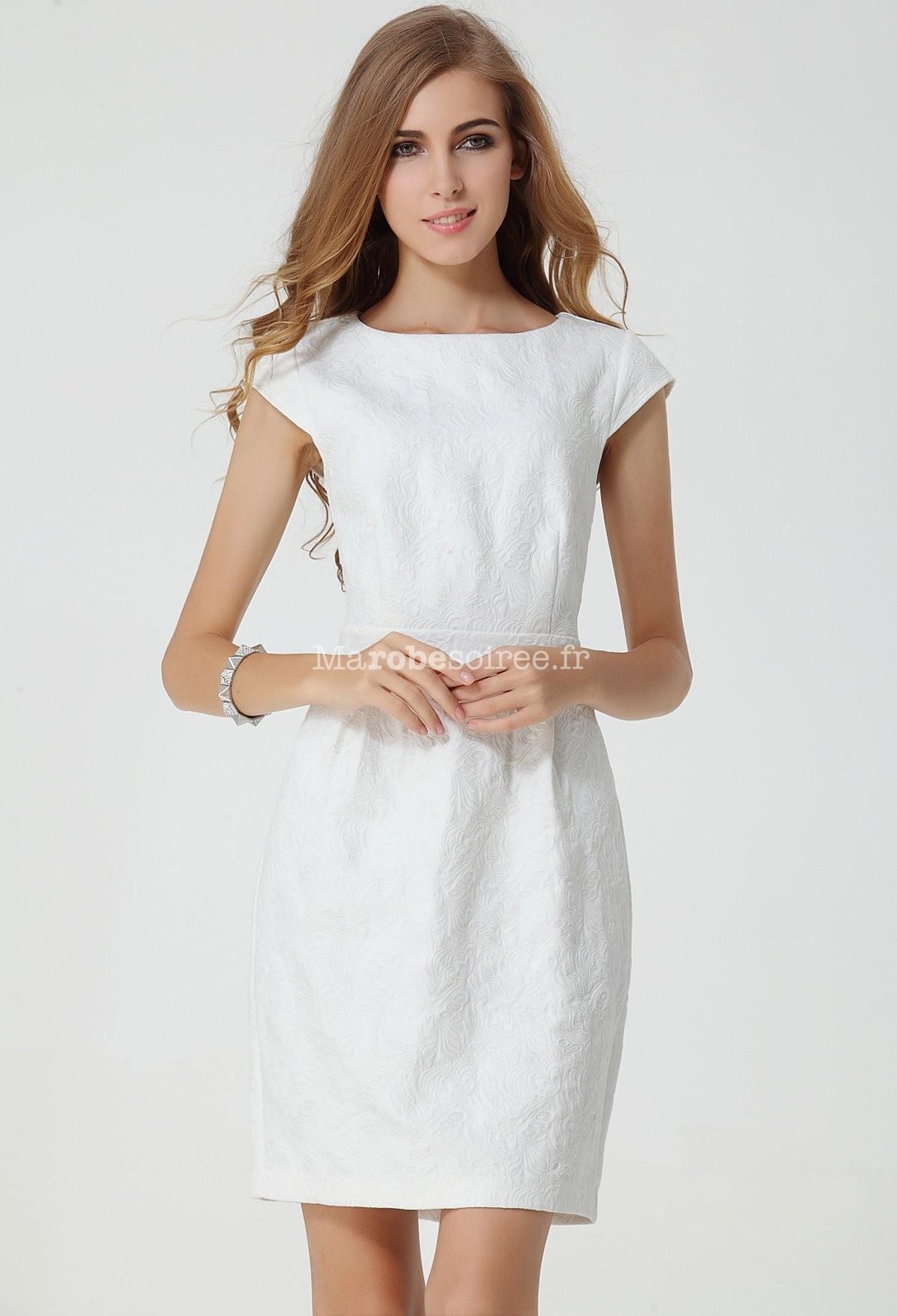 robe fourreau blanche courte droite. Black Bedroom Furniture Sets. Home Design Ideas