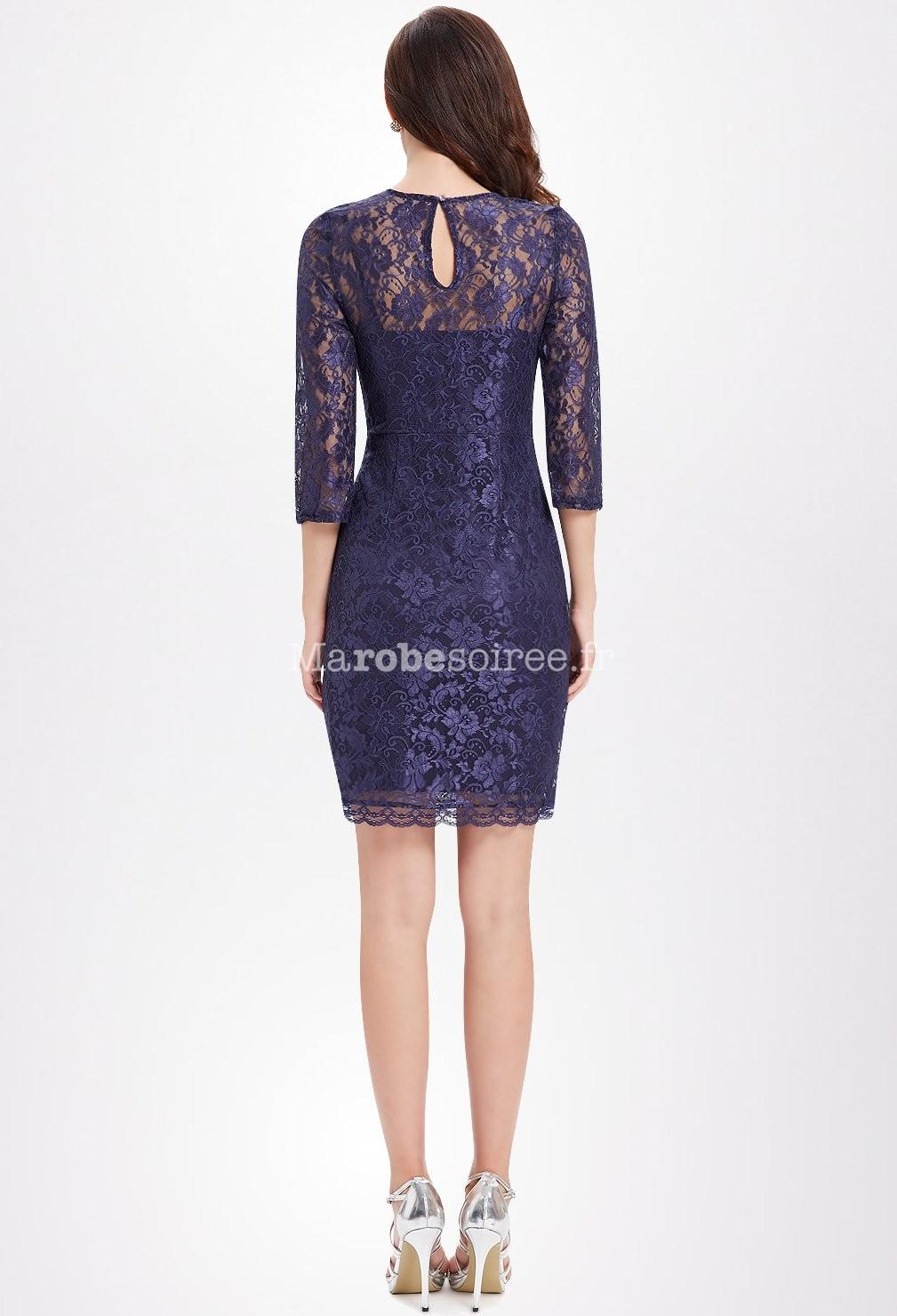 robe courte en dentelle bleu avec manches. Black Bedroom Furniture Sets. Home Design Ideas