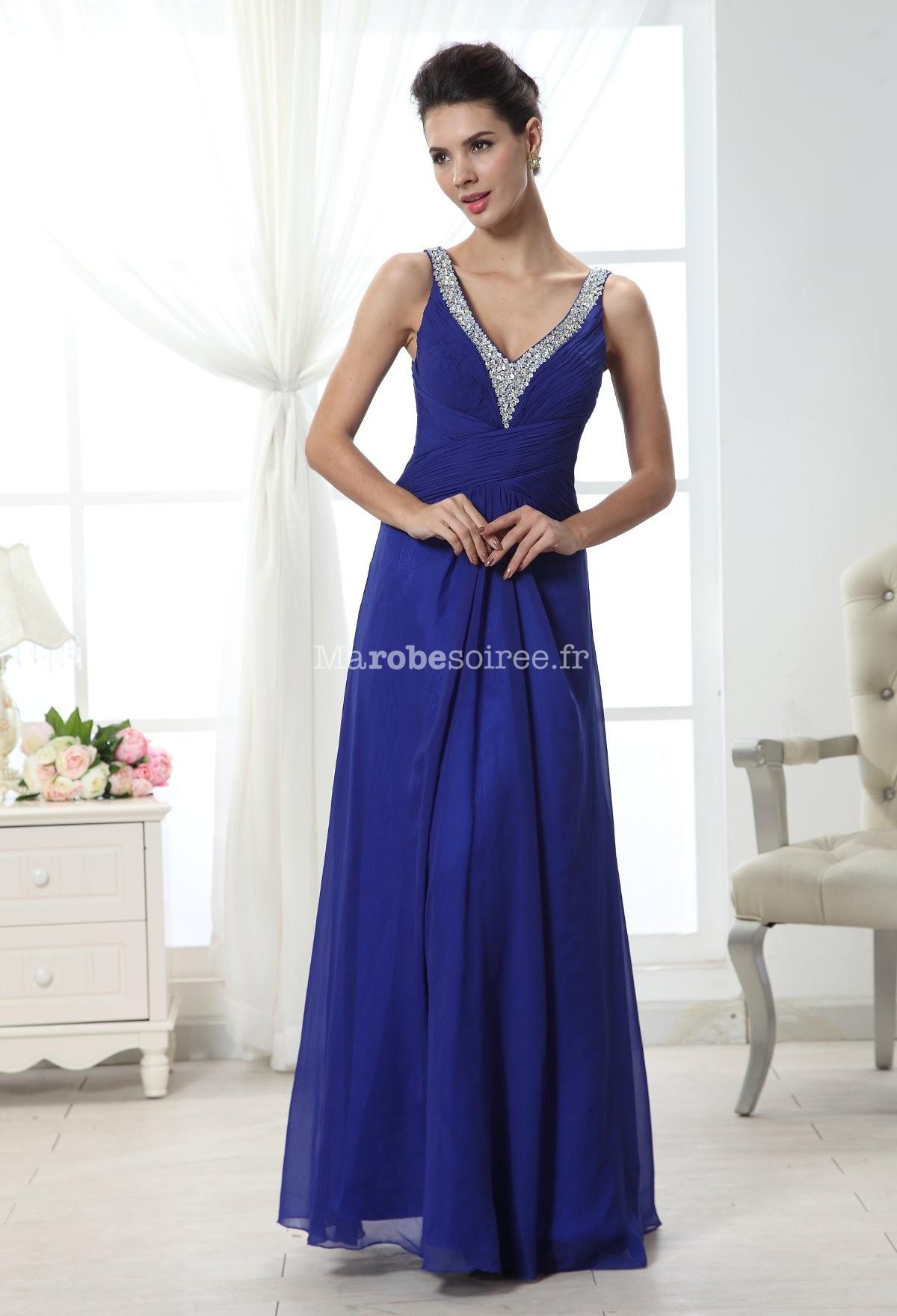 robe soir e mousseline bleu bretelles et d collet sequins. Black Bedroom Furniture Sets. Home Design Ideas