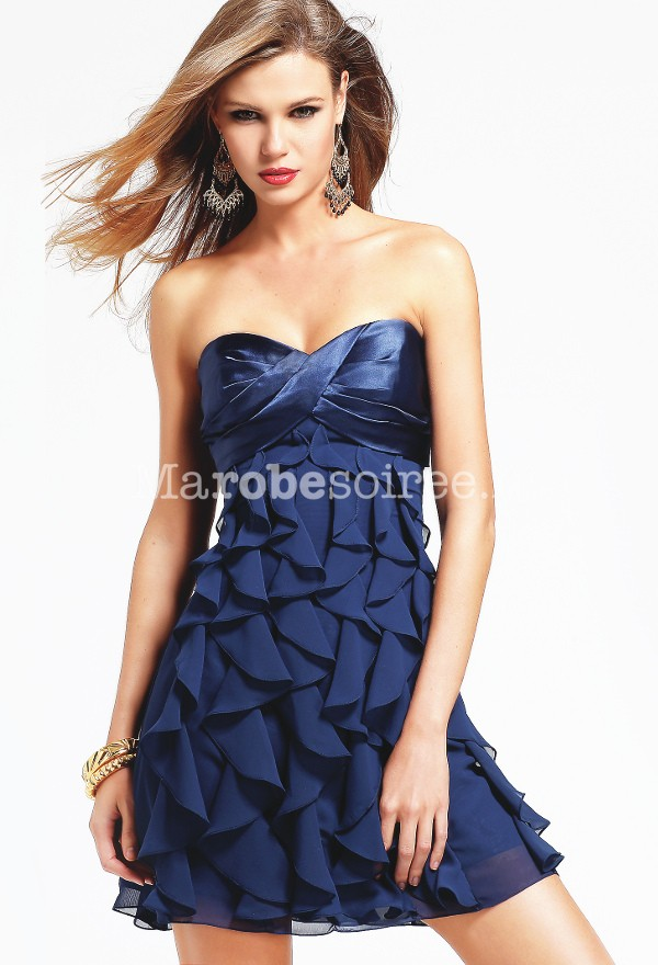 Robe a volants mariage