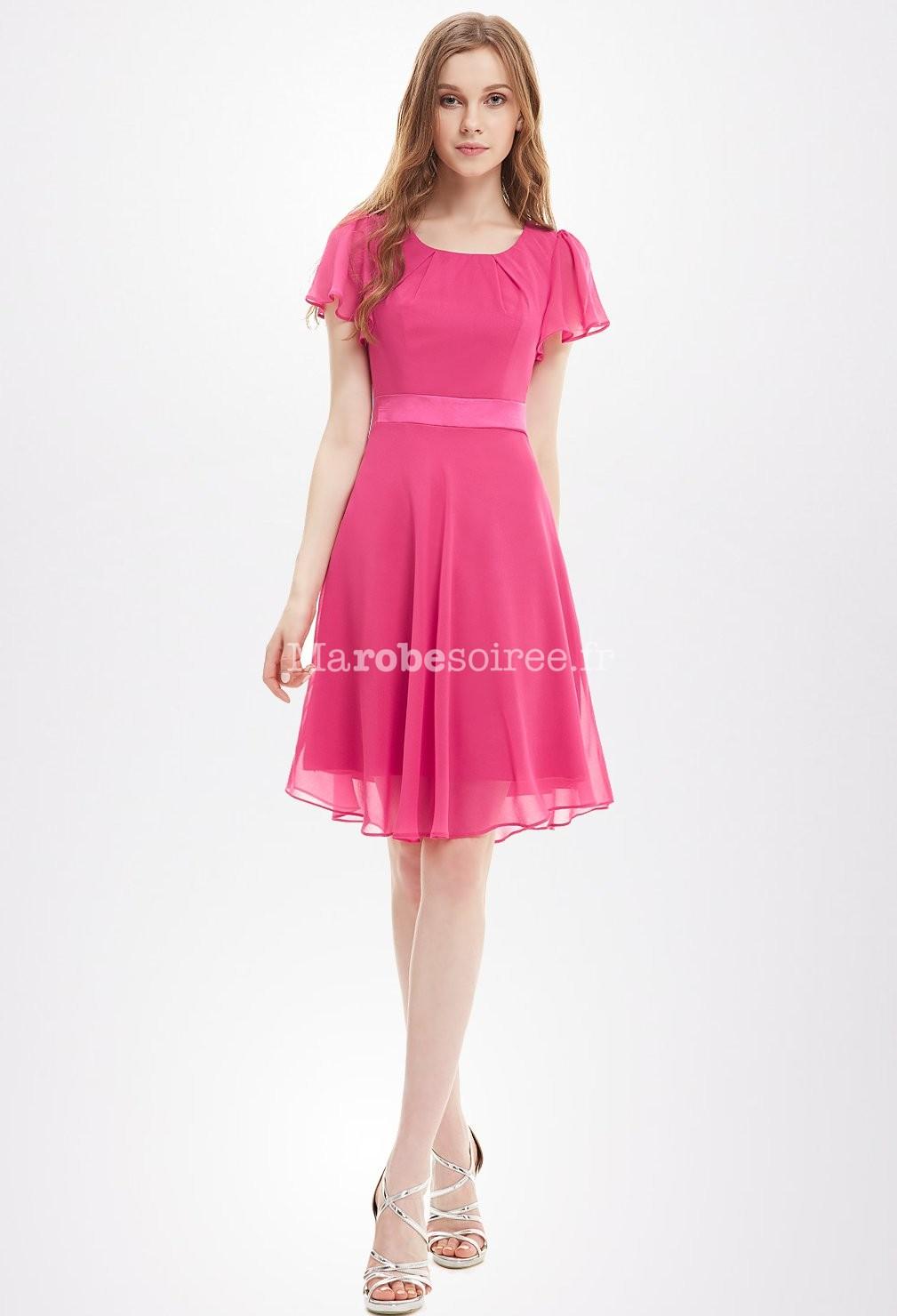 Robe courte avec manches courtes for Petites robes formelles pour mariage