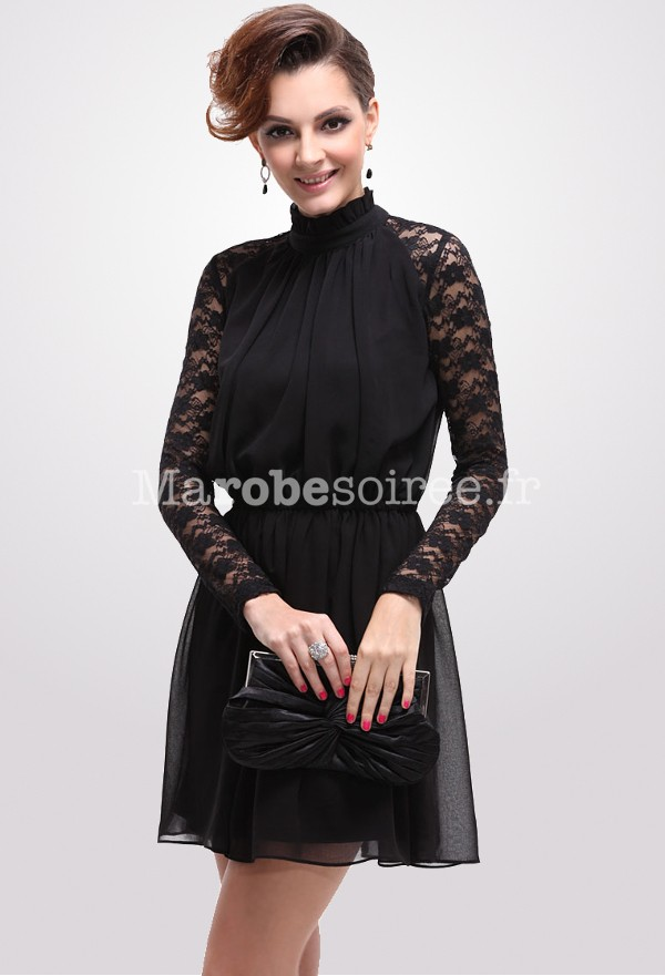 Robe cocktail dentelle manches longues