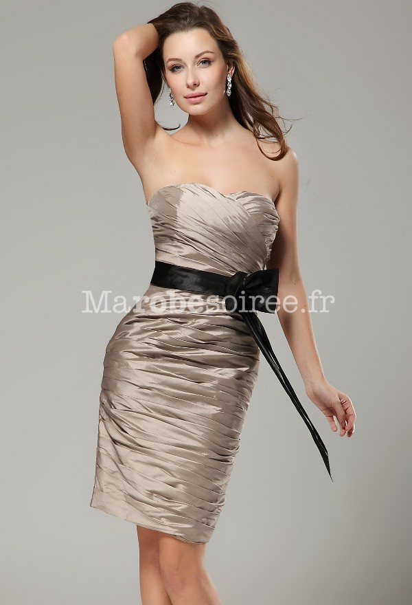 robes de mode robe bustier chic et pas cher. Black Bedroom Furniture Sets. Home Design Ideas