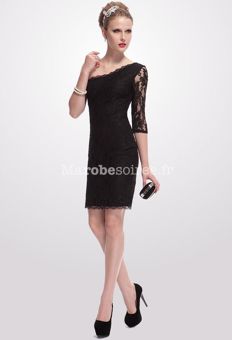 ravissante robe de cocktail avec une manche longue. Black Bedroom Furniture Sets. Home Design Ideas