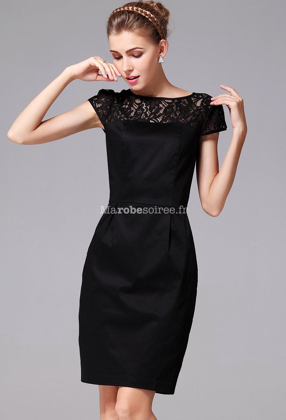 petite robe noire chic. Black Bedroom Furniture Sets. Home Design Ideas