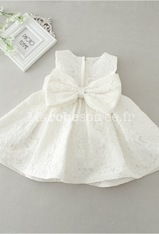 144cd5e3f000 Petite robe bébé fille rose poudrée dentelle