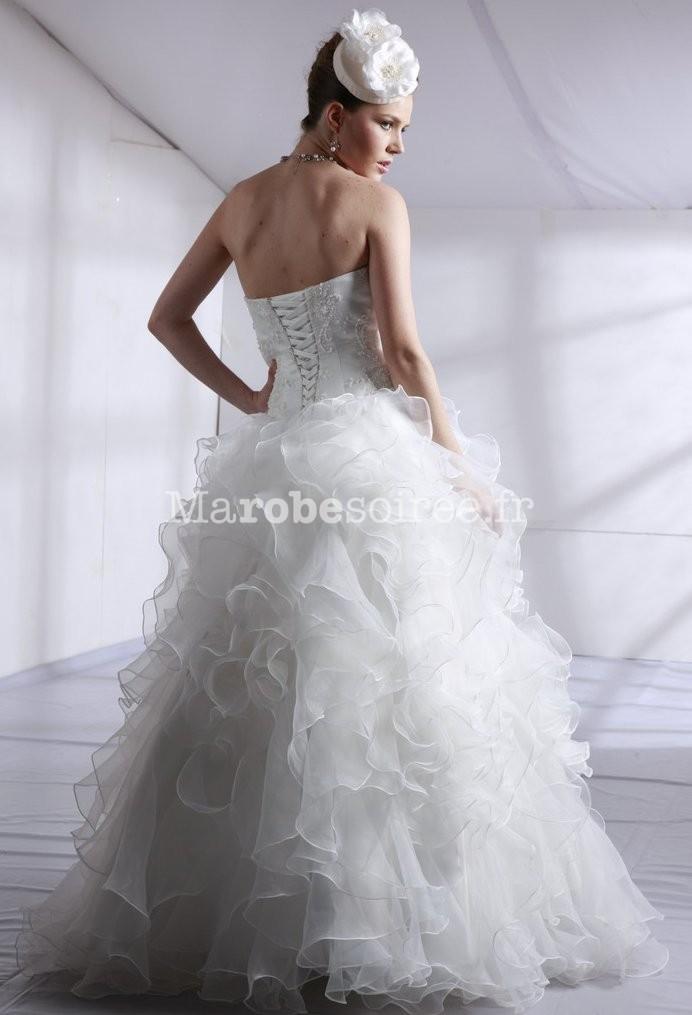 Accueil / Robe de mariée bustier à volants réf 1048 - sur demande