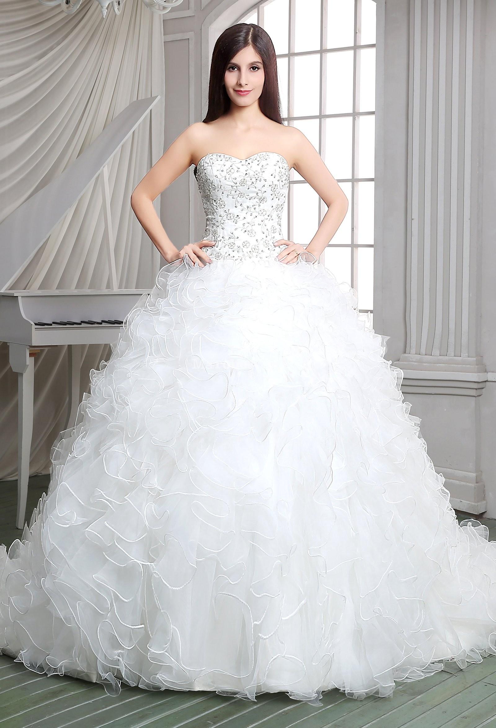 Robe de mariée princesse froufrou réf SQ114 - sur demande en Organza