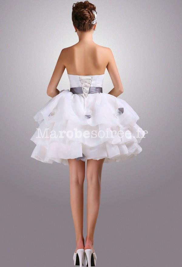 Accueil / Robe de mariée courte bouffante réf 2141 - sur demande