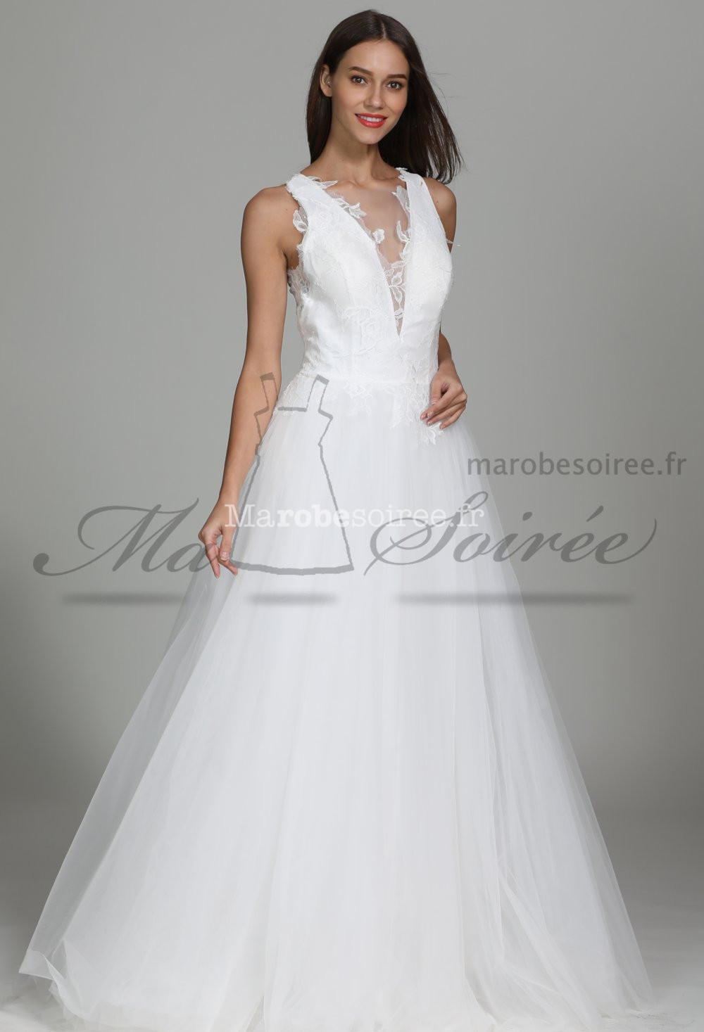 Robe de mariée fluide joli dos transparent