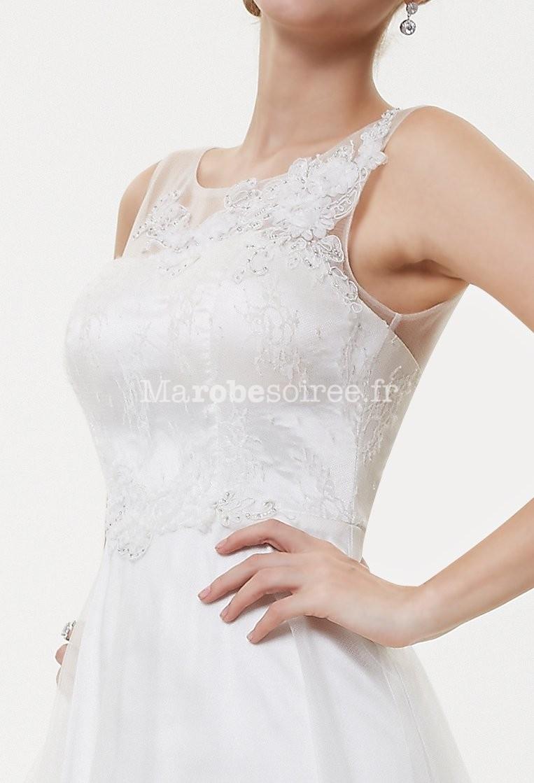 6d9be819b8 Robe de mariée simple et élégante avec broderies réf EP8447 en Dentelle,  Mousseline