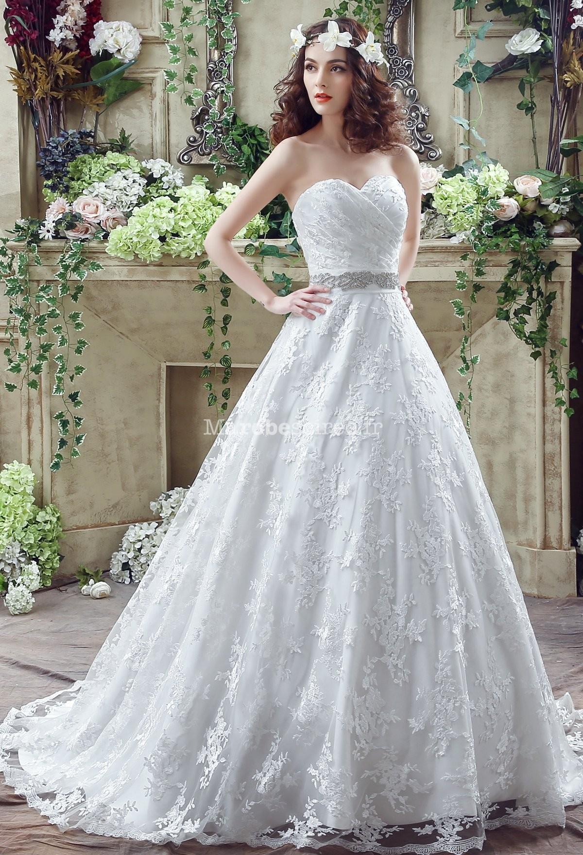 Robe de mariage bustier dentelle