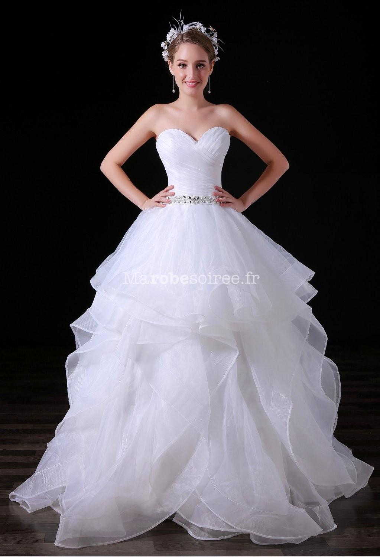 88a30128d65 Robe de mariée princesse meringue bustier coeur ...