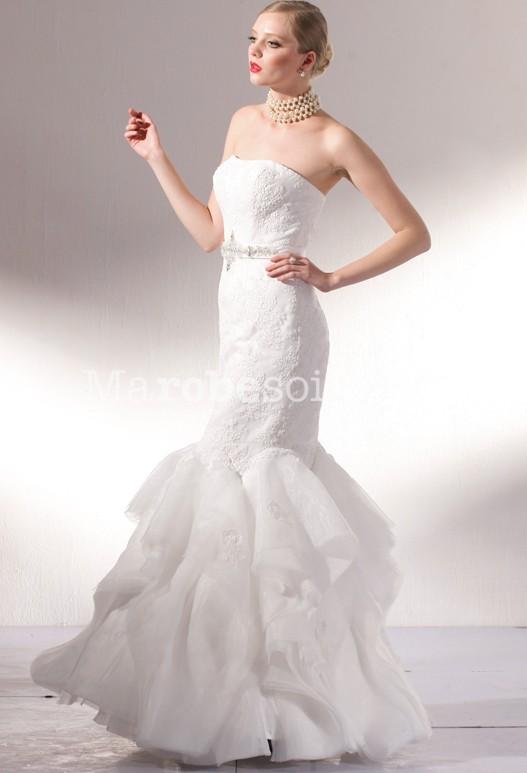 robe de mariee longue pres du corps la mode des robes de france. Black Bedroom Furniture Sets. Home Design Ideas