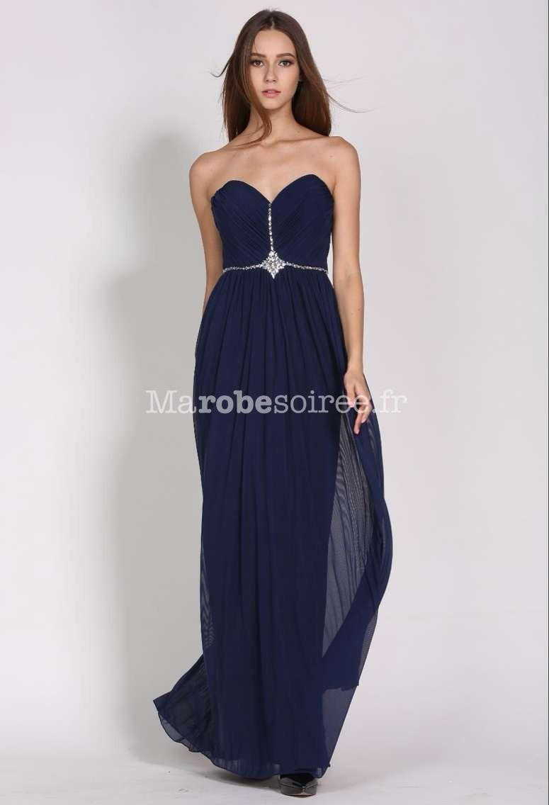 robe de bal chic et glamour en bleu nuit. Black Bedroom Furniture Sets. Home Design Ideas