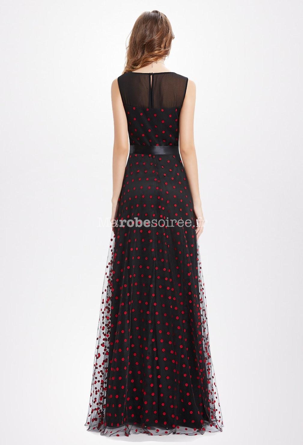 robe de c r monie longue col plongeant noir. Black Bedroom Furniture Sets. Home Design Ideas