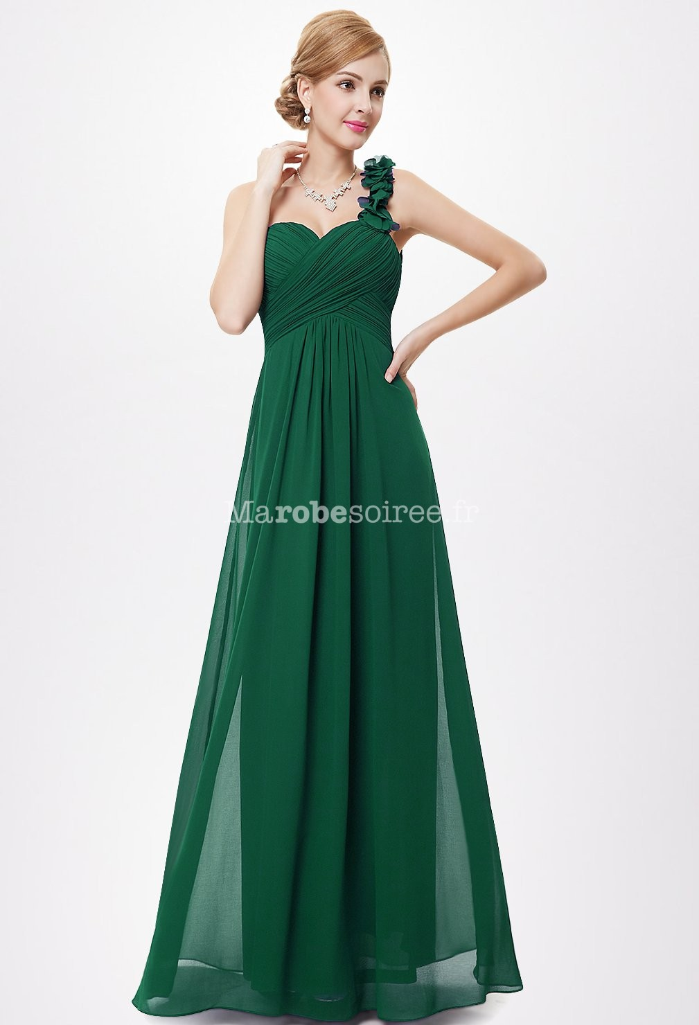 great blog robe robe de soiree longue verte. Black Bedroom Furniture Sets. Home Design Ideas