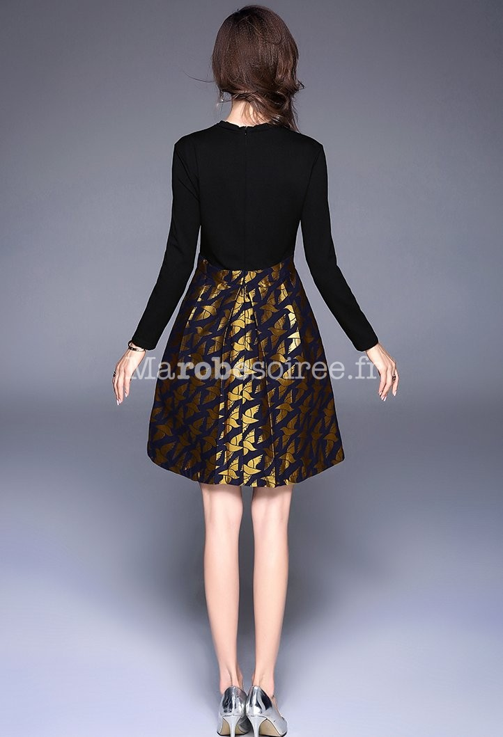 Robe noire habillee manches longues