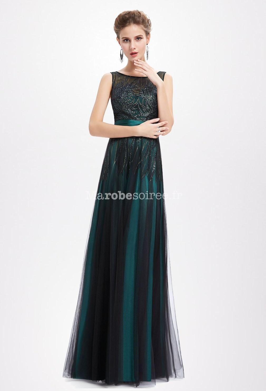 robe de soir e en vert meraude et noir. Black Bedroom Furniture Sets. Home Design Ideas