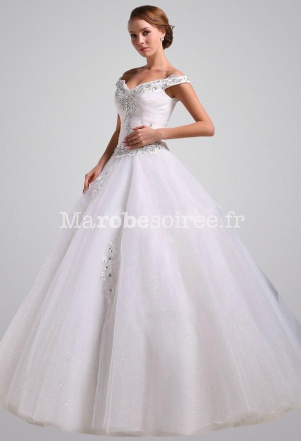 robe de mari e princesse joli d collet paule large