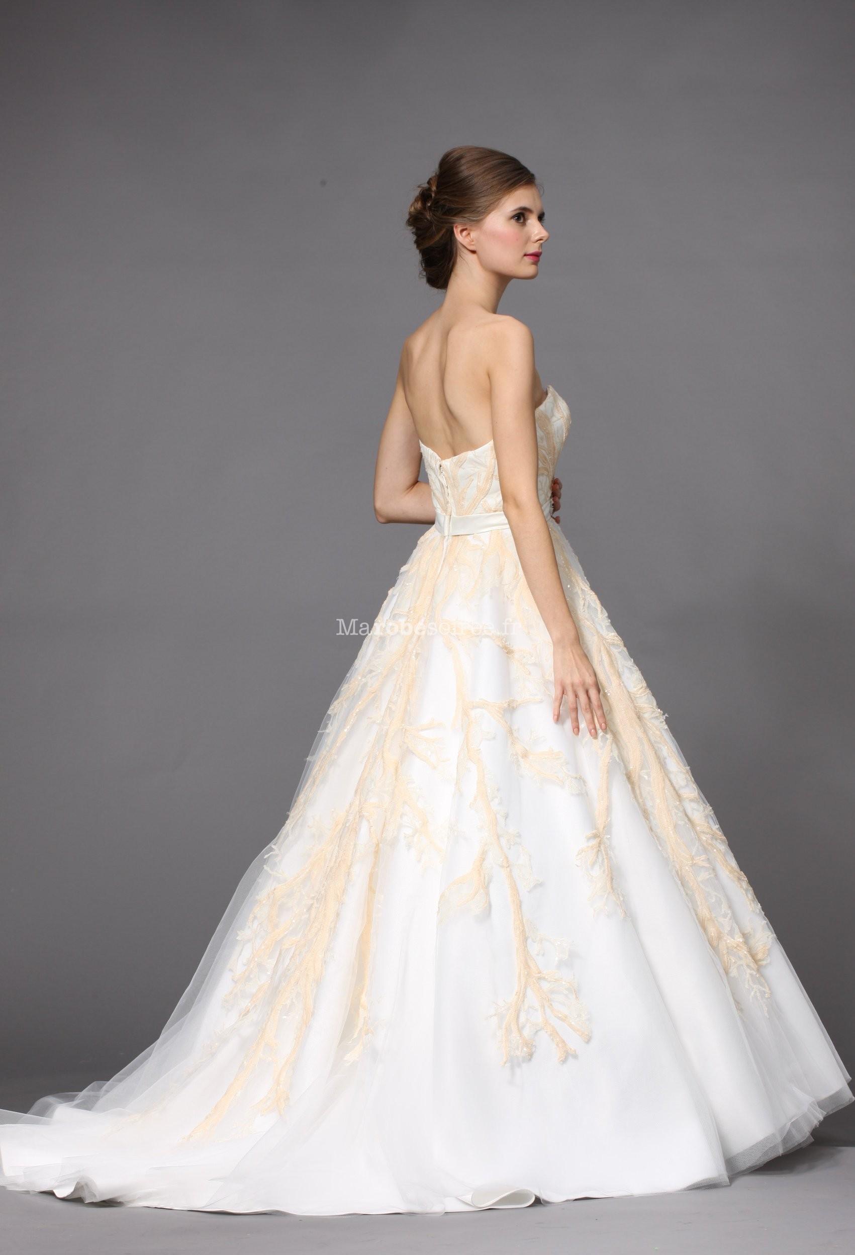 robe de mariée princesse rose et blanche