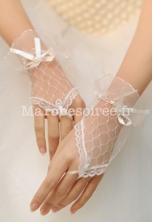 gants de mari e en ivoire mitaines pour mari e en dentelle. Black Bedroom Furniture Sets. Home Design Ideas