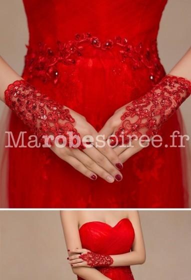 gants de mariage rouge en dentelle - réf. S57