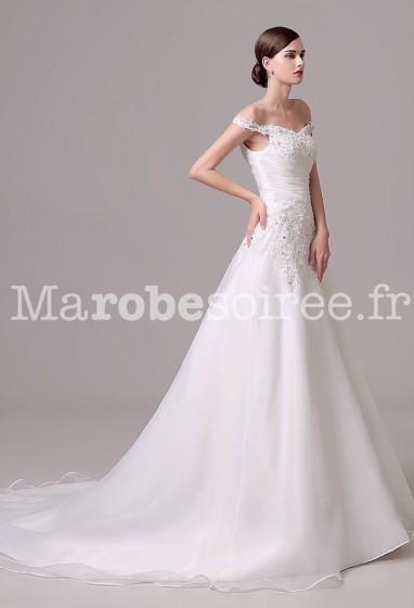 Robe de mariée coupe évasée avec traîne