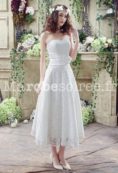 Robe de mariée mi-longue en dentelle