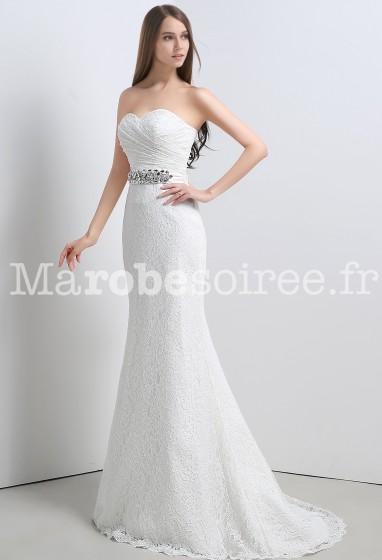 Robe de mariée en dentelle sirène