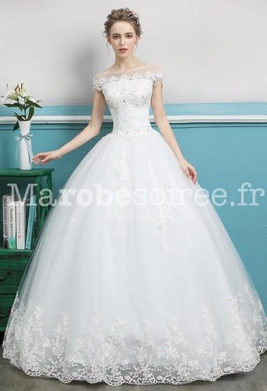 Robe de mariée épaules couvertes