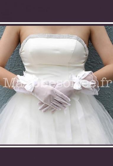 gants de mari e s42 ivoire demi transparents d cor s n ud papillon. Black Bedroom Furniture Sets. Home Design Ideas