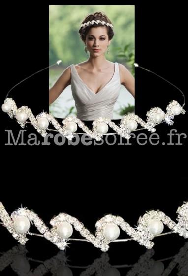 Magnifique serre tête serti de strass et de perles réf ac03