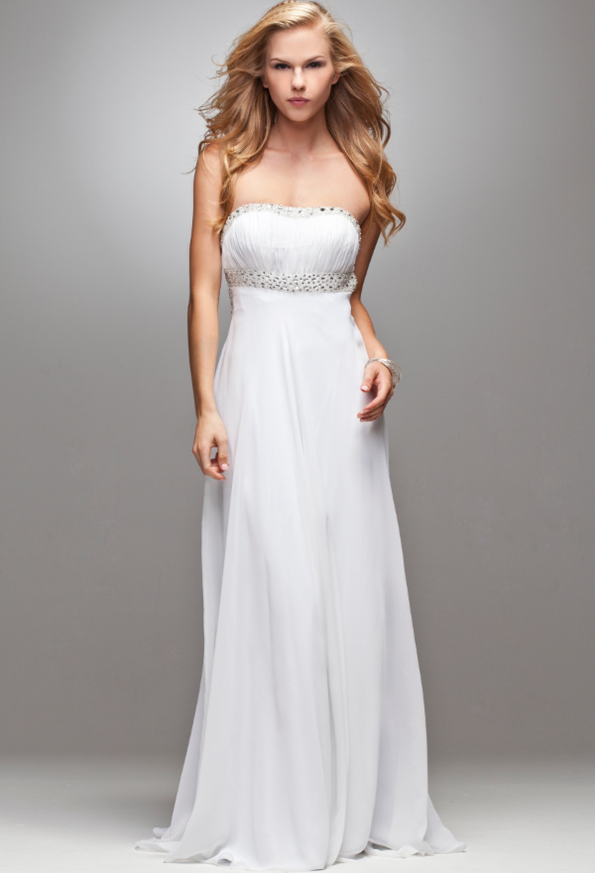 Robe Soiree Mariage Blanche A Bustier Dos Nu Robes Elina