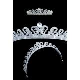 Sublime diadème couronne de princesse tout en strass réf d01