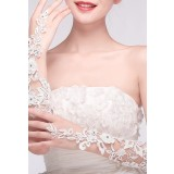 gants de mariage longue en dentelle ornée de strass - réf. S59