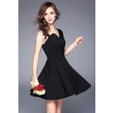 Petite robe noire habillée à bretelles réf CY1659