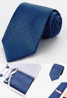 Coffret cravate à labyrinthe et accessoires Réf C90