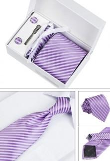 Coffret cravate à rayures et accessoires Réf C60