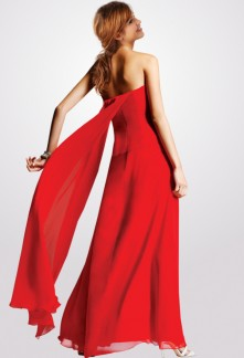 Robe rouge volant en mousseline