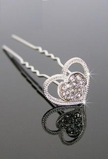Epingle à chignon argenté de coeur ornés de strass