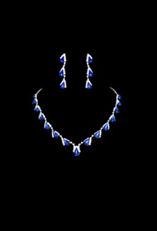 Jolie parure bleu saphir très chic